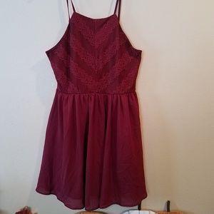 Women's Lily Rose maroon dress size XL.